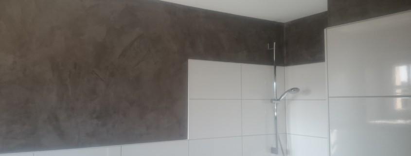 Spachteltechnik Badezimmer Renovierung mit Fliesenarbeite | Winfried ...